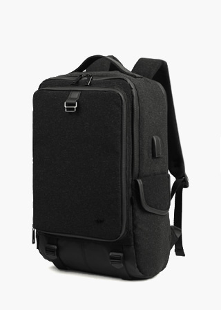 TECHNOLOGY BACKPACK B#X104